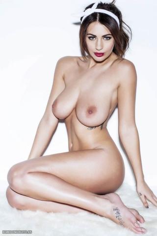 Holly_Peers_topless_elredondelito-es_023