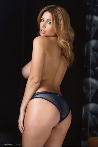 Holly_Peers_topless_elredondelito-es_043