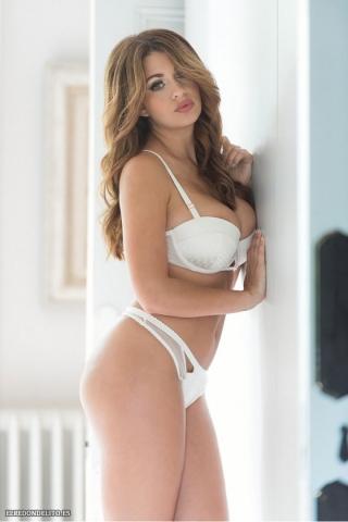 Holly_Peers_topless_elredondelito-es_092