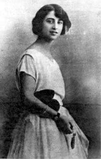 Carmen Polo con 17 años