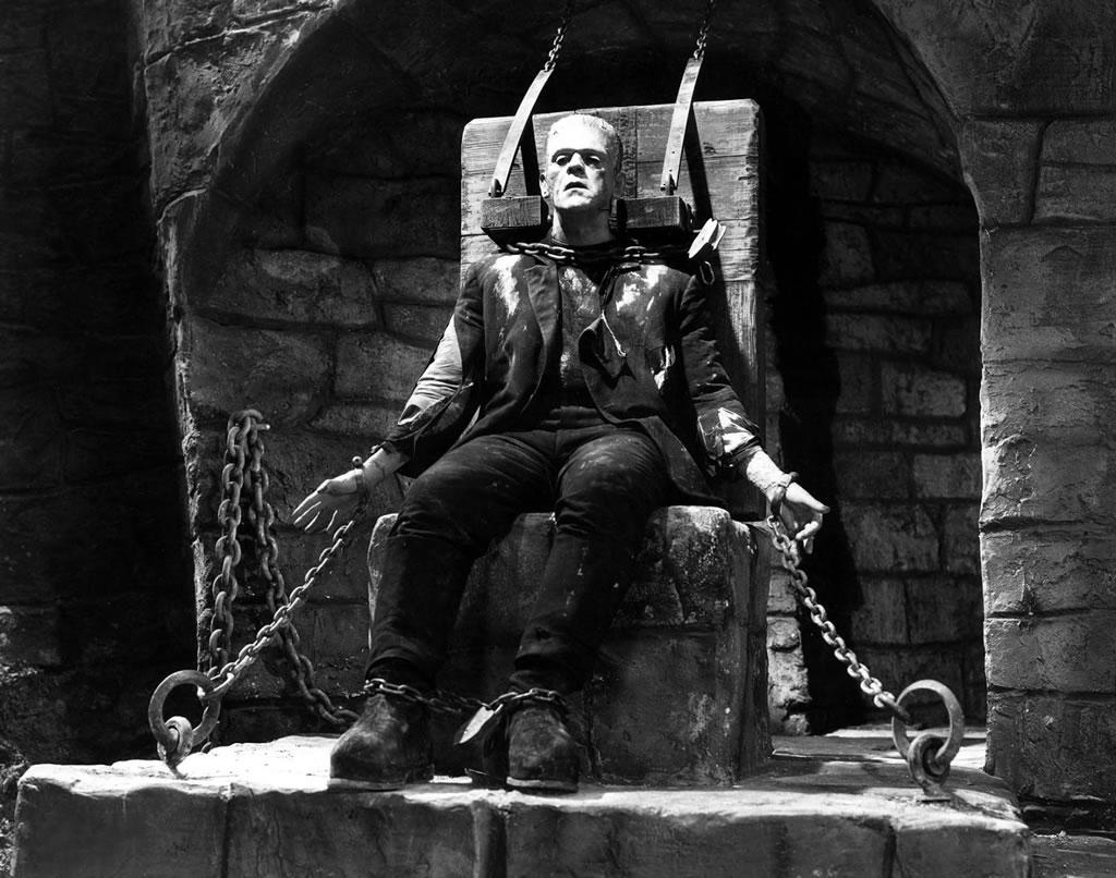 Boris Karlof interpretando de nuevo a Frankestein en la Novia de Frankestein.
