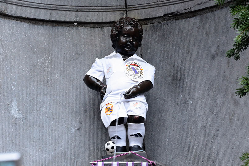 Manneken Pis vestido del Real Madrid