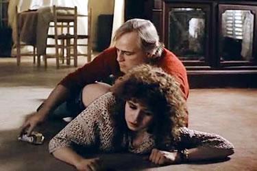 Violación de Marlon Brando a Maris Scheneider en la película El último tango en París