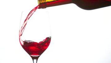 gollete-copa-de-vino-tinto-regar-botella-de-vino
