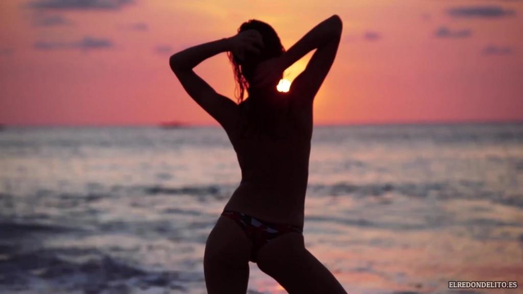 Sports_Illustrated_Bianca_Balti_Sexy_&_Topless_2017_011