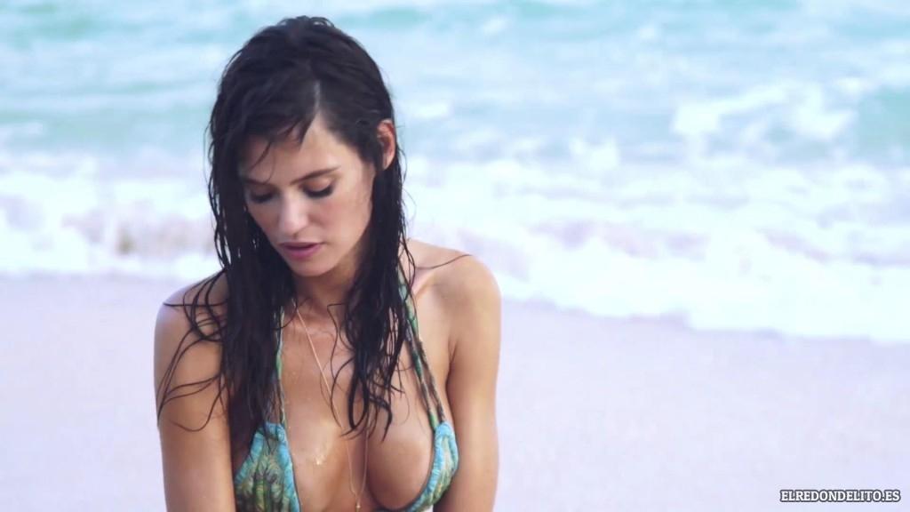 Sports_Illustrated_Bianca_Balti_Sexy_&_Topless_2017_040