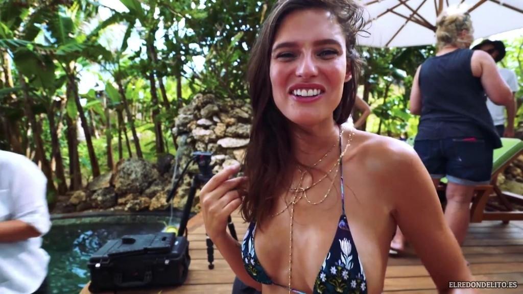 Sports_Illustrated_Bianca_Balti_Sexy_&_Topless_2017_047