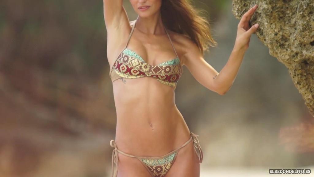 Sports_Illustrated_Bianca_Balti_Sexy_&_Topless_2017_085