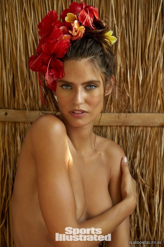 Sports_Illustrated_Bianca_Balti_Sexy_&_Topless_2017_113