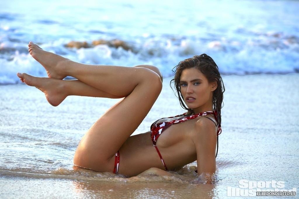 Sports_Illustrated_Bianca_Balti_Sexy_&_Topless_2017_127