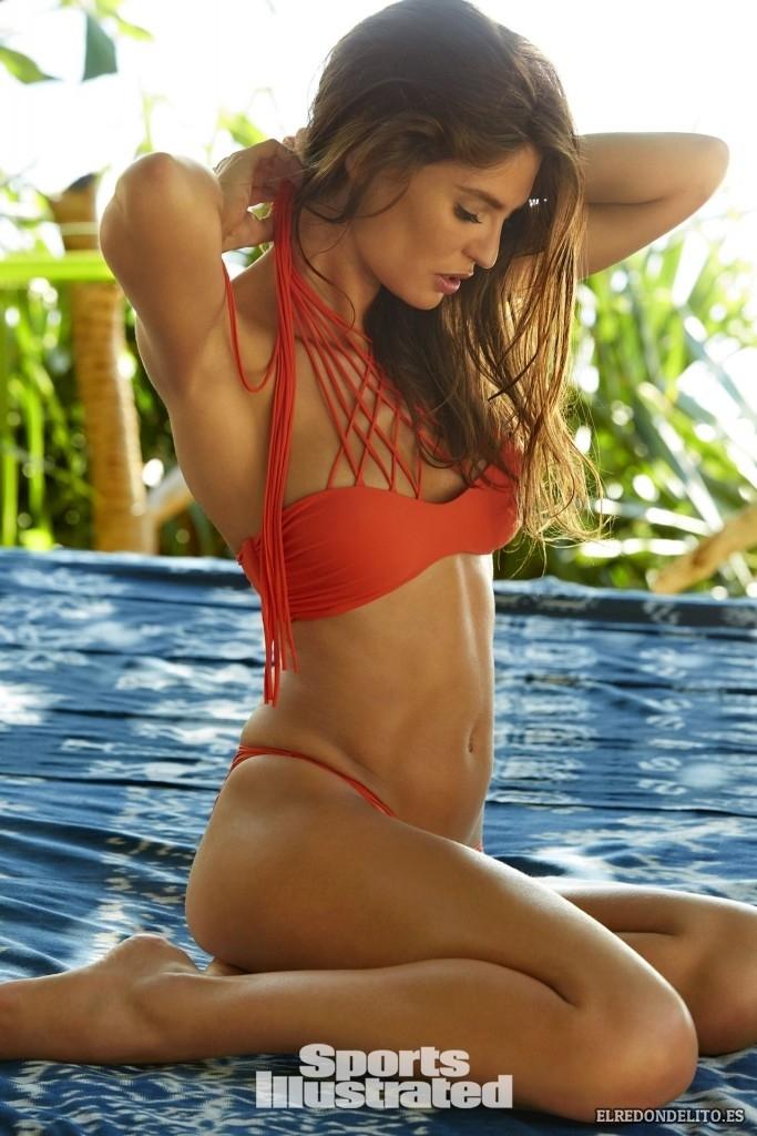 Sports_Illustrated_Bianca_Balti_Sexy_&_Topless_2017_142