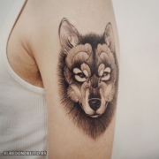 tatuajes_protagonistas_perros_037