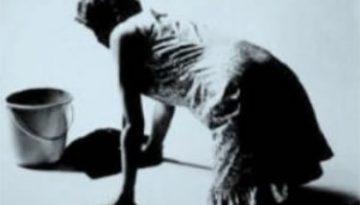 mujeres-fregando