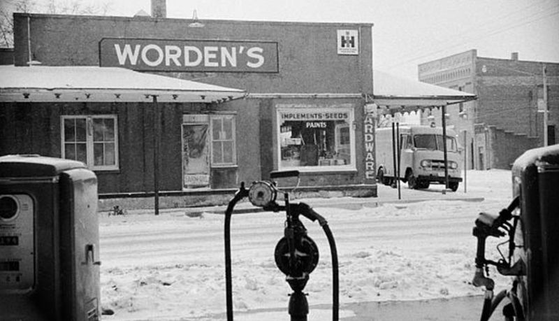 La ferreteria de Bernice Worden
