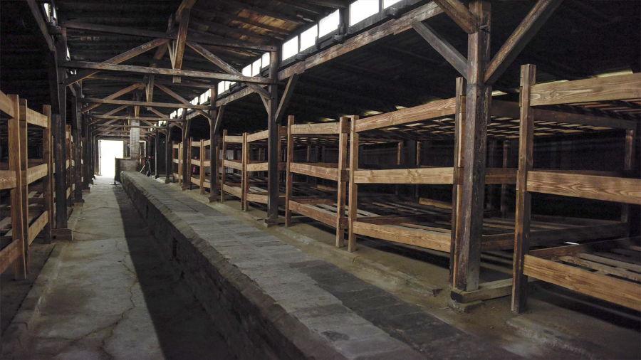 Camastros donde dormían los prisioneros