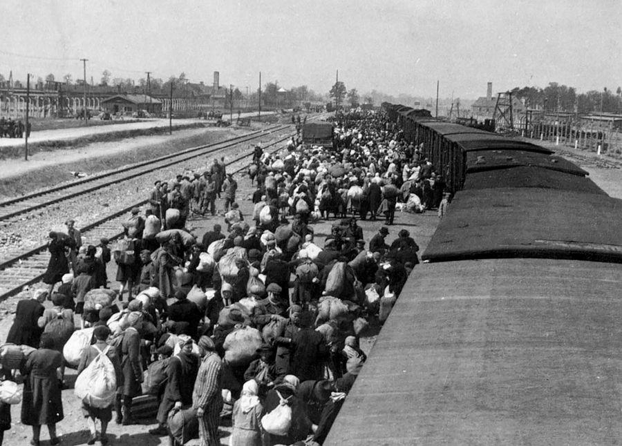 Llegada de prisioneros a Auschwitz