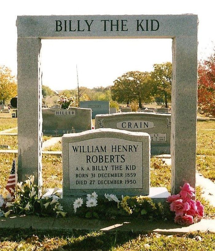 Una de las tres tumbas de Billy «el Niño»