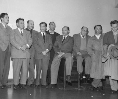 Miembros de los 10 de Hollywood. Desde la derecha - Robert Adrian Scott, Edward Dmytryk, Samuel Ornitz, Lester Cole, Herbert Biberman, Albert Maltz, Alvah Bessie, John Howard Lawson y Ring Lardner Jr.