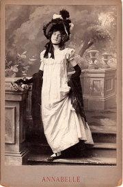 Annabelle Moore, nombre original: Annabelle Whitford